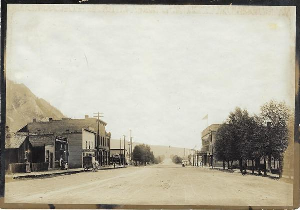 Vintage Aspen Mining Claim Maps and Photographs - Main Street with the Ivy Steam Laundry border=