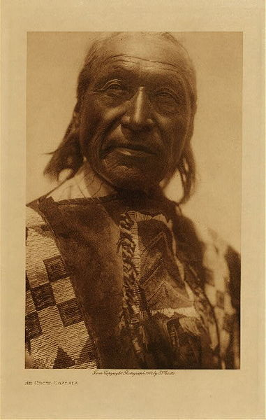 Edward S. Curtis - He Crow - Ogalala border=