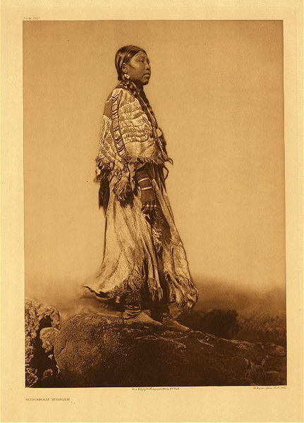 Edward S. Curtis -   Plate 280 Wishham Woman border=