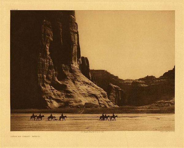 Edward S. Curtis - Plate 028 Canon de Chelly - Navaho border=