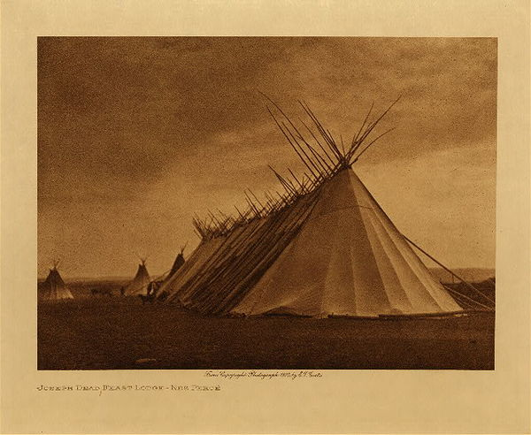 Edward S. Curtis - Joseph Dead Feast Lodge - Nez Perce border=