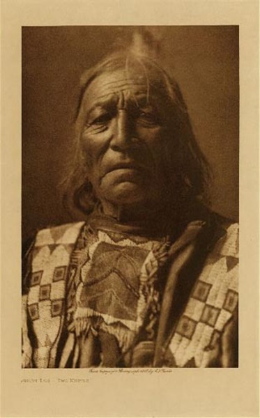 Edward S. Curtis - Short Log, Two Kettle border=