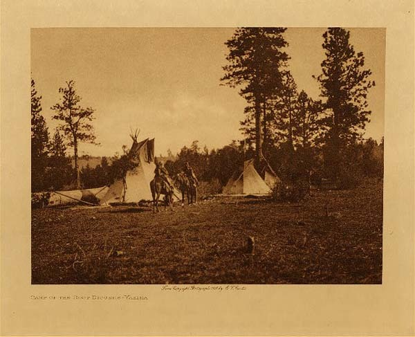 Edward S. Curtis - Camp of the Root Diggers - Yakima border=