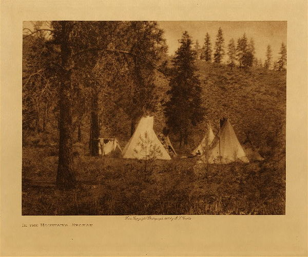 Edward S. Curtis - In the Mountains - Spokan border=