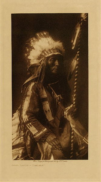 Edward S. Curtis - Good Lance - Ogalala border=