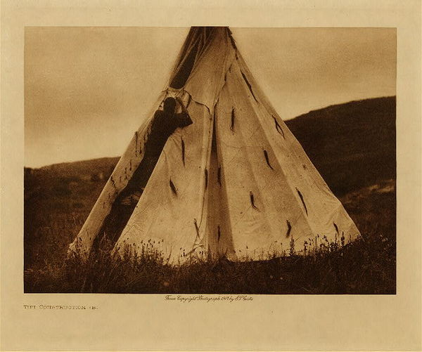 Edward S. Curtis - Tipi Construction (B) border=