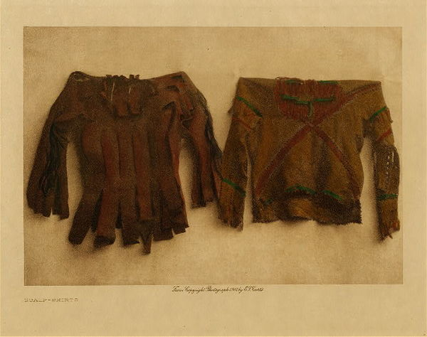 Edward S. Curtis - Scalp-Shirts border=