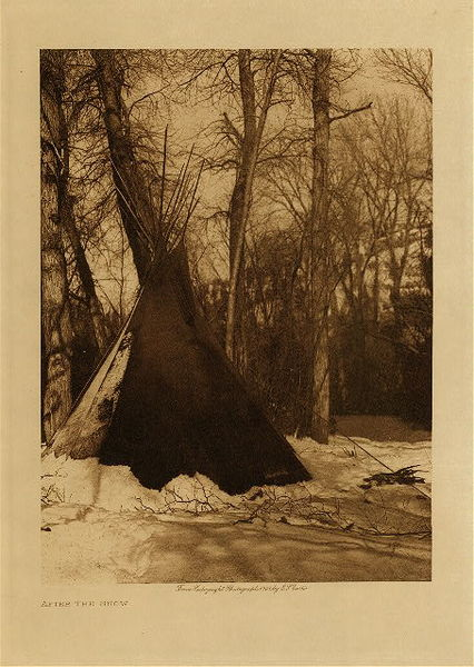 Edward S. Curtis - After the Snow border=