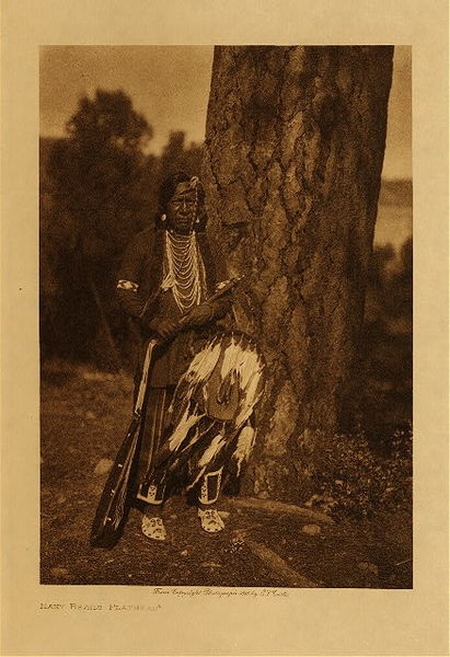 Edward S. Curtis - Many Bears - Flathead border=