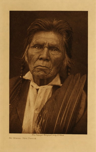 Edward S. Curtis - No Wings - Nez Perce border=