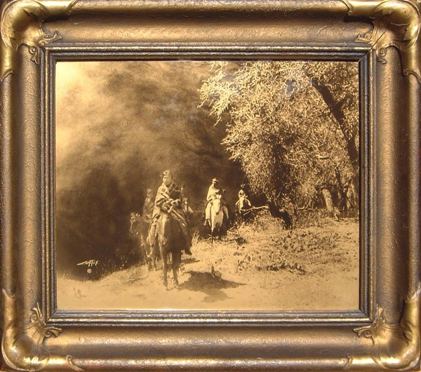 Edward S. Curtis - Out of the Darkness border=