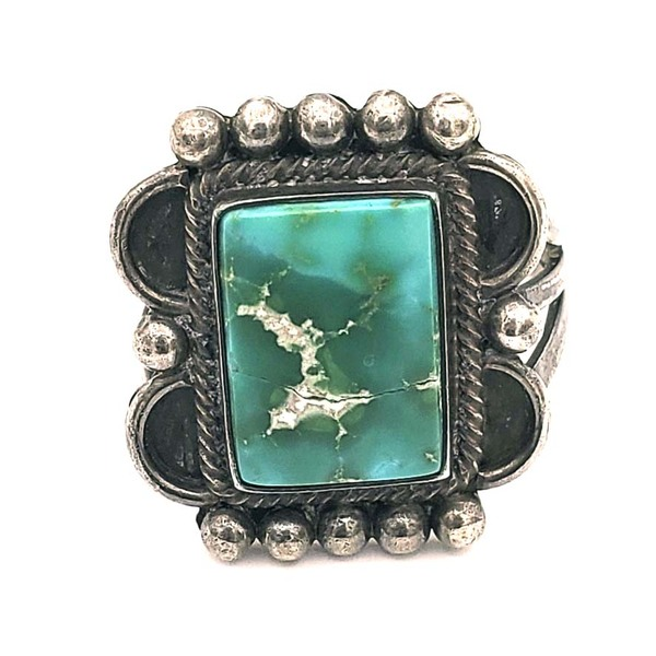 Old Pawn Jewelry - Ring: Vintage Navajo Square Green Turquoise border=