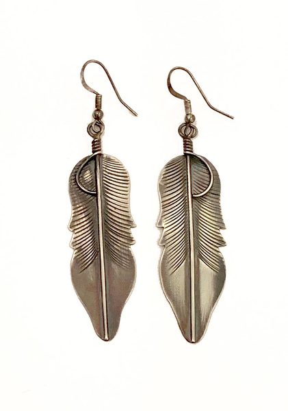 Old Pawn Jewelry - Earrings: Sterling Silver Feather border=