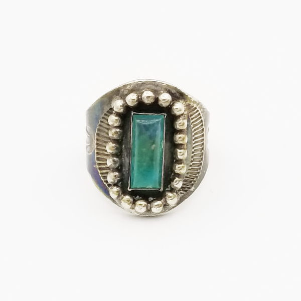 Old Pawn Jewelry - Ring: Inset Turquoise with Silver Surrounding border=