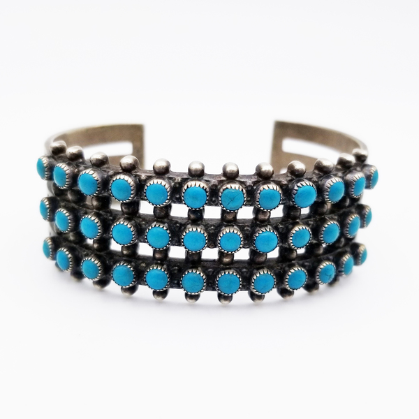 Old Pawn Jewelry - Bracelet: Early Zuni Snake Eyes Cuff border=