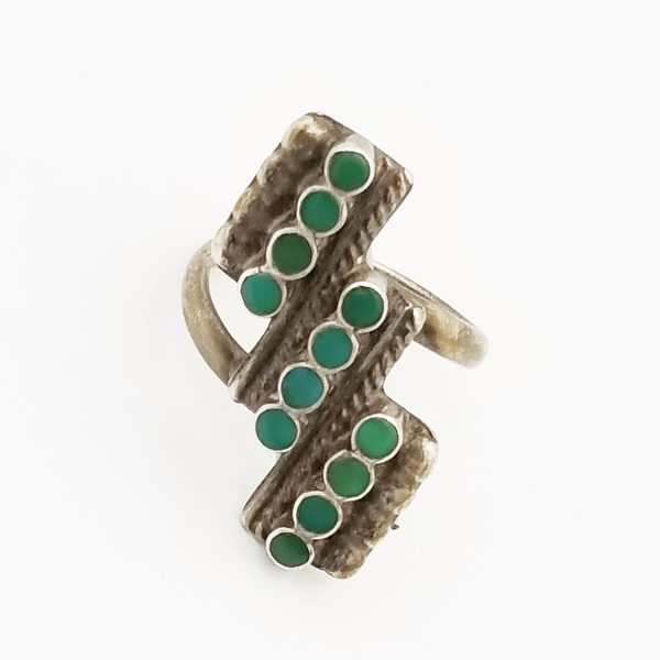 Old Pawn Jewelry - Ring: Navajo Snake Eye 3 Rows border=