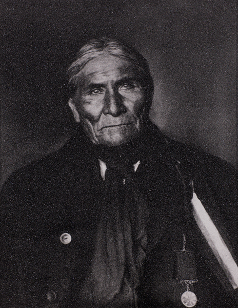 Russell Young -      Apache Chief Geronimo border=