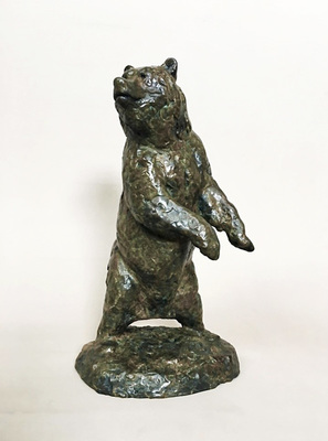 Title: Abrupt Interest (Grizzly) , Size: 14 3/4 X 8 X 7 inches , Medium: Bronze , Signed: Signed , Edition: 5/35