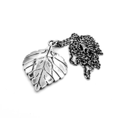 Title: Pendant: Aspen Leaf Pendant with Chain , Size: #4 , Medium: Sterling Silver