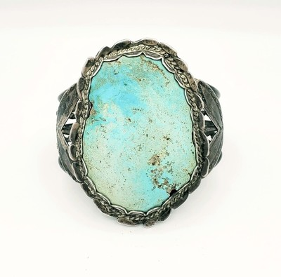 Title: Bracelet: Vintage Navajo w/XL Stone Scalloped Bezel , Medium: Sterling Silver/Turquoise , Edition: Vintage