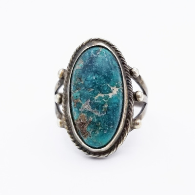 Title: Ring Delicate Single Oval Stone , Size: 4 1/2 , Medium: Sterling Silver , Edition: Vintage