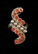 Title: Ring: Beautiful Coral Design , Size: 6 1/4 , Medium: Sterling Silver , Edition: Vintage