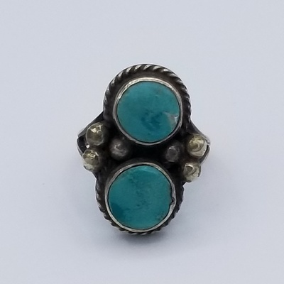 Title: Ring: 2 Beautiful Round Turquoise Stones , Size: 5 3/4 , Medium: Sterling Silver , Edition: Vintage